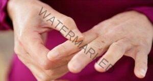 Масажирайте пръстите си и ще облекчите болката!