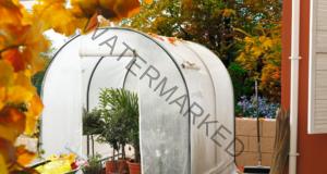 Направете си малка оранжерия в градината с тези чудесни идеи