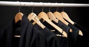 Запазете цвета на вашите дрехи по-дълго време с този трик!