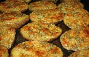 Рецепта за вкусни картофи с чесън. Приготвят се моментално!