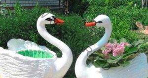 Баба ми ме научи как да си направя лебеди в градината. Никога няма да се досетите от какво!