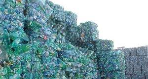Къща от пластмасови бутилки: Невероятно, но факт!