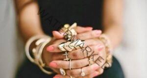 На коя ръка носите пръстени? Вижте как това влияе на съдбата ви!