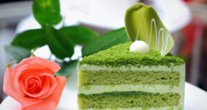 Торта с блатове: опитайте екзотиката на зеления цвят