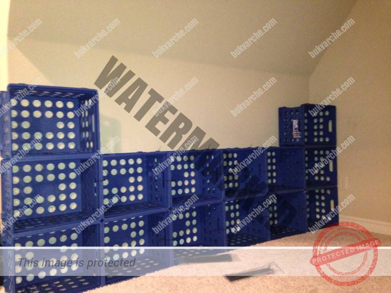 Съседката ми никога не хвърля пластмасовите касетки. Бях изненадана да видя какво прави с тях!