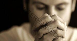 Учените са доказали, че молитвата наистина има сила!