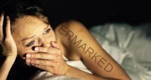 Защо силните хора плачат докато гледат филми?