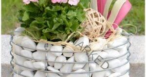 Идеи за габиони - необичайни цветарници от мрежа и камък
