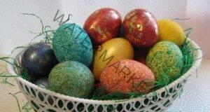 Красиво и необичайно боядисване на яйца с ориз