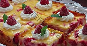 Прекрасен малинов кейк, от който къщата ви ще заухае на свежест