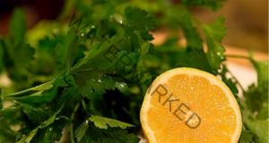 Сок от магданоз и лимон за елиминиране на холестерола