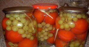 Консервирани домати с бяло грозде и без оцет!