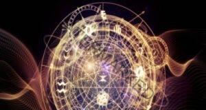 Тези 3 зодиакални знака ще спечелят много пари през август