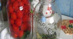 Бабината рецепта за консервиране на домати без стерилизация