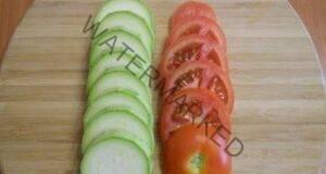 Вкусна запеканка от тиквички и домати, готова за 30 минути