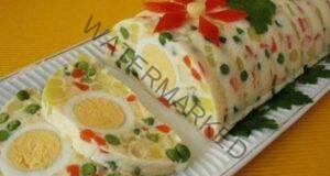 Яйчено-зеленчуково руло по румънски: приготвя се много лесно