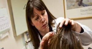3 прости трика при измиване за блестяща и здрава коса