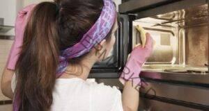 Как да почистите микровълновата печка и фурната без химия?