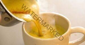 Златното мляко и богатия му списък от ползи за здравето