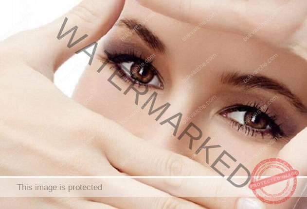 Ето кои масла отстраняват бръчките около очите
