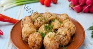 Вкусно: мързеливи кюфтенца от пилешка кайма и ориз