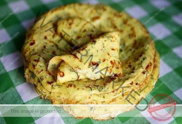 Рецепта за апетитни палачинки от тиквички със сметана