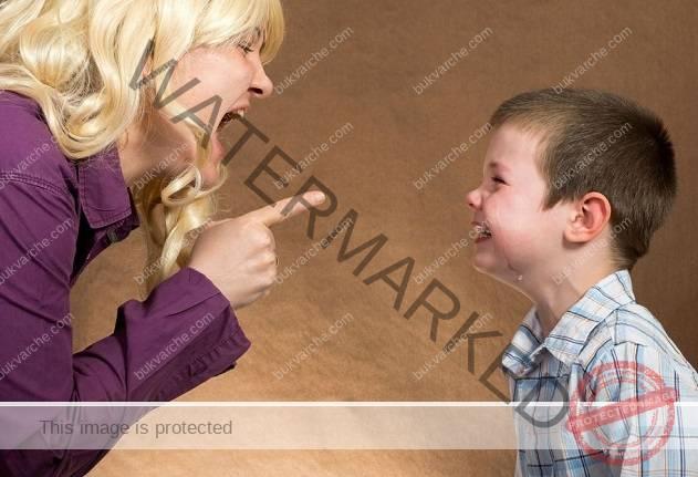Това се случва с мозъка на детето ви, когато му крещите