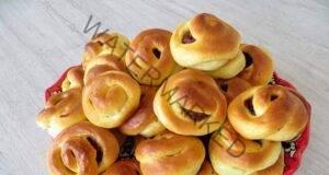 Бабини кифлички със сладко и сушени ябълки - най-вкусните