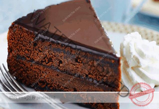 Шоколадова пандишпанова торта - пръстите да си оближете
