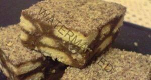 Шоколадов сладкиш с бисквити и орехи без печене