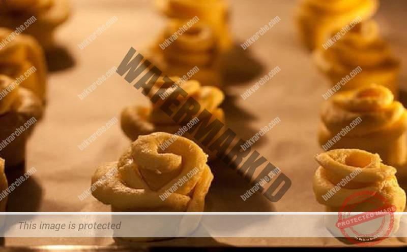 """Хапки с извара """"Роза"""": Толкова са прости и вкусни!"""