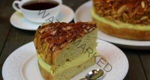 Домашен сметанов сладкиш с бадеми по немска рецепта