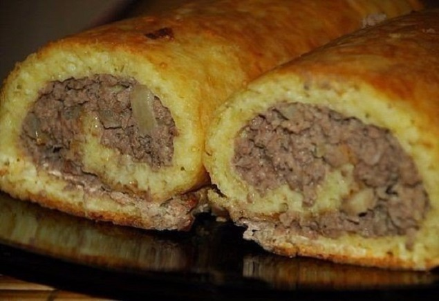 Картофено руло с кайма - изненадайте близките си с тази рецепта