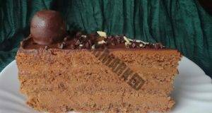 Класическа торта с яйца, орехи, масло и без грам брашно