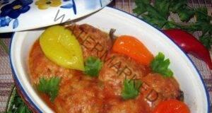 Кюфтета с ориз и чушки в доматен сос - чудесна идея за обяд