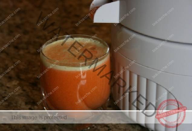 При висока кръвна захар пийте разсолница със сок от моркови