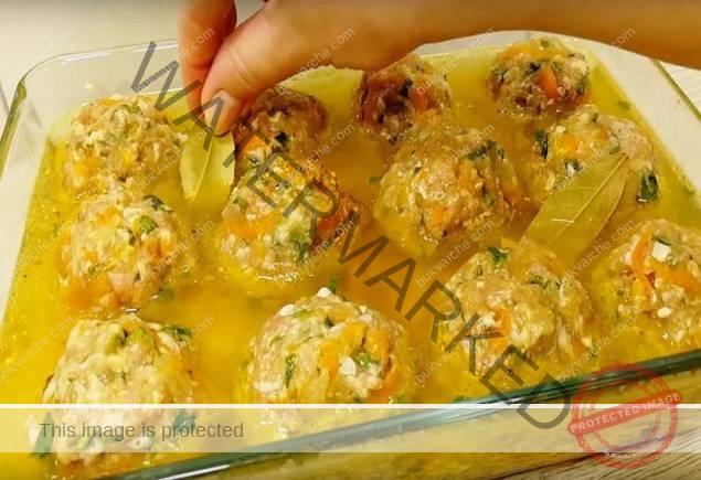 Кюфтета с ориз на фурна - отлична идея за семейния обяд