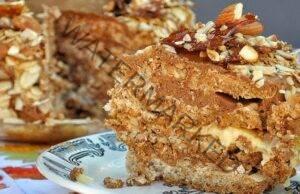 Орехова торта без брашно - наслада за небцето