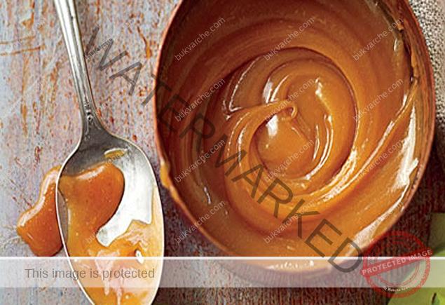 Рецепта за карамел: бърза глазура за сладкиши, палачинки, сладолед