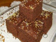 Шоколадов сладкиш, готов за 5 минути, разбърквате всичко и печете