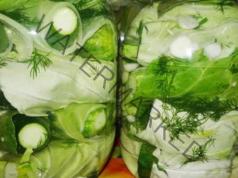 Мариноване на краставички в зелеви листа - един по-различен начин