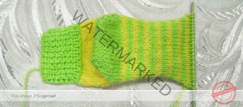 Плетене на чорапи на две игли! Дори и начинаещ ще се справи!