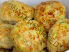 Кюфтенца от тиквички и пилешка кайма - вкусни и диетични
