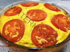 Запеканка с тиквички и домати с аромат на сусам