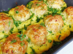 Картофени гнезда с кайма: бързо мързеливо ястие