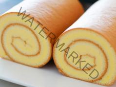 Руло със сладко от кайсии - подходящо за празничната трапеза