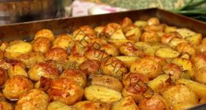 Пресни картофи на фурна - сочна и вкусна рецепта