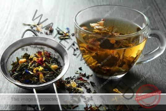 Билки при кожни заболявания - направете си този чай!