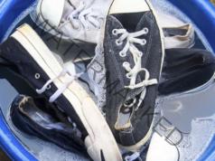 Връзките за обувки могат да бъдат избелени лесно
