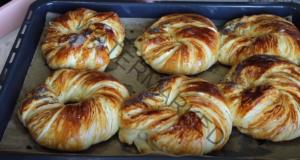 Рецепта за домашни гевреци с пълнеж по ваше желание